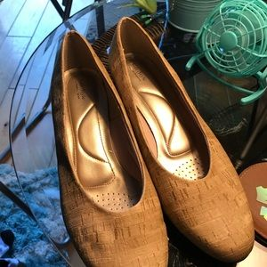 Soft Style by Hushpuppies 10W